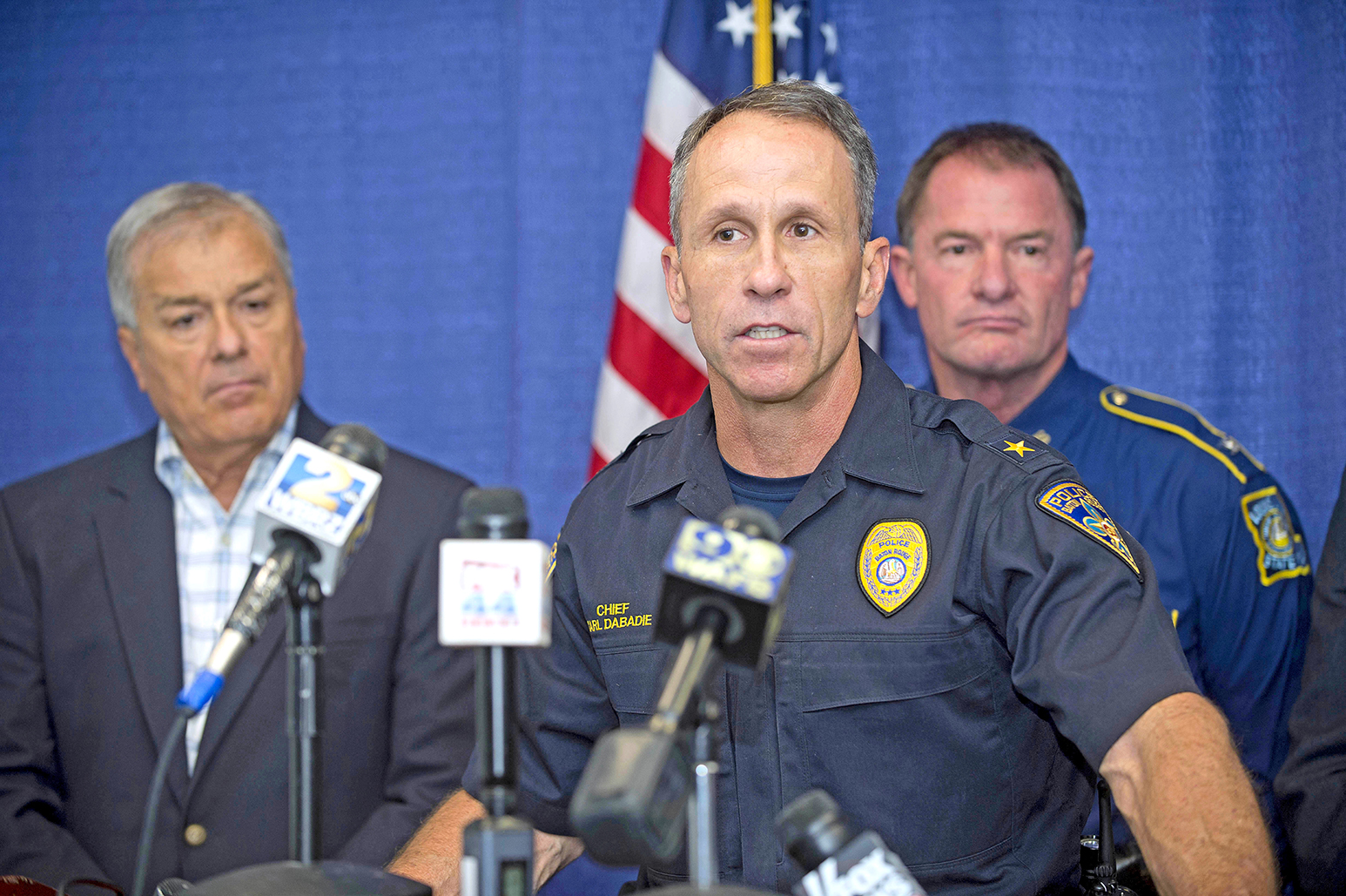 Baton Rouge police chief announces retirement