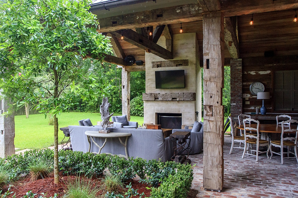 Outdoor Kitchens To Die For In Baton Rouge