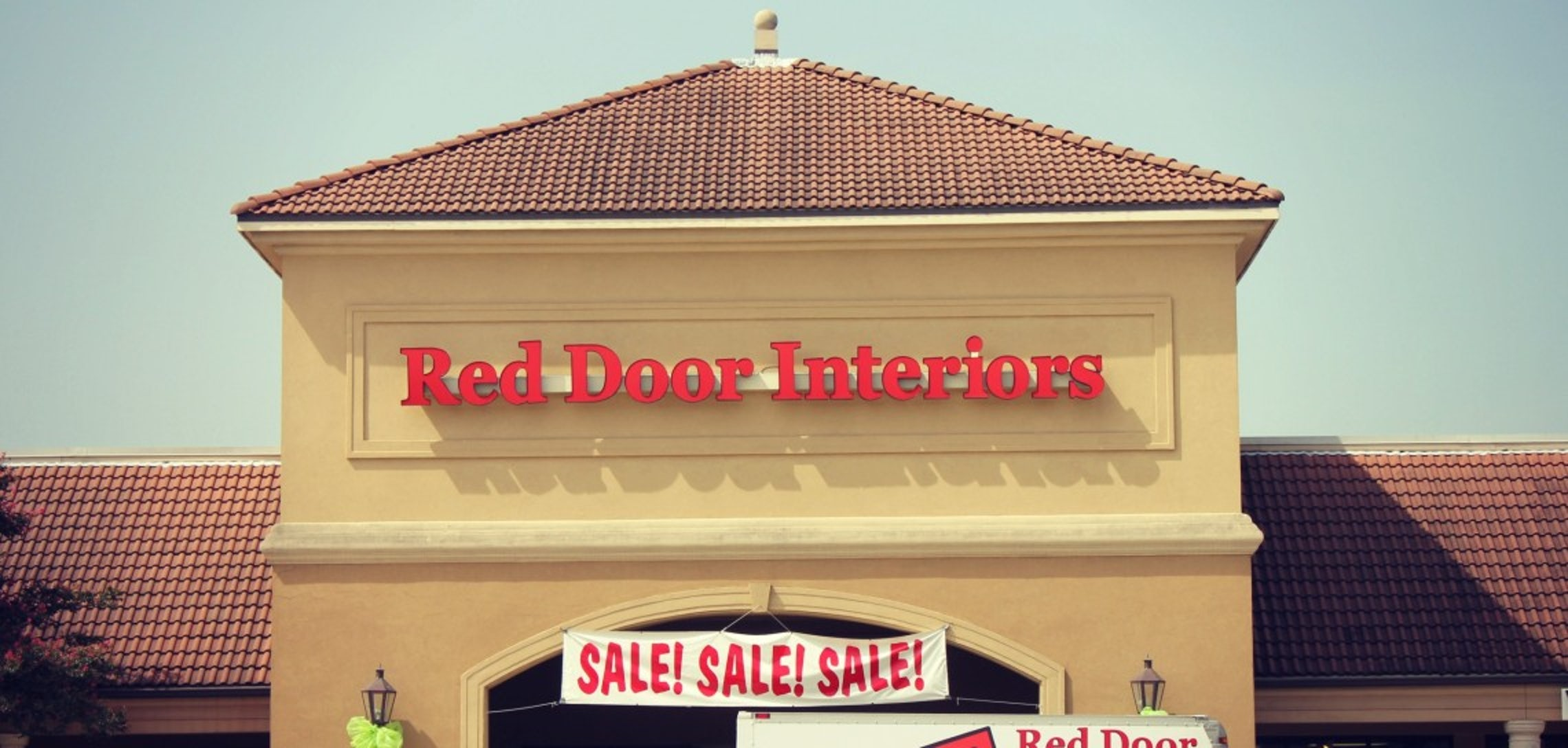 Red Door Interiors Moving