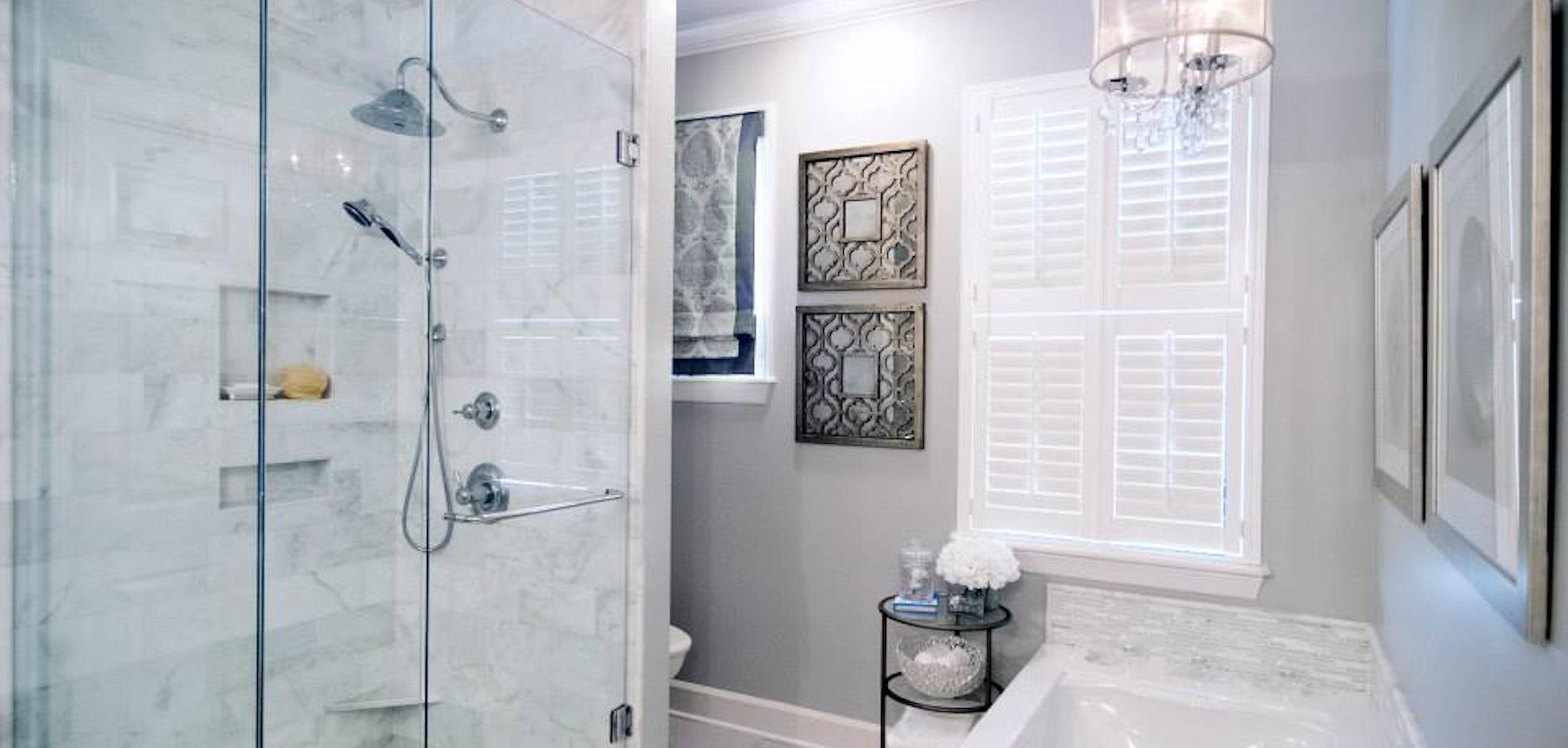 Designer tip: Karlin O\'Neal on maximizing small bathrooms